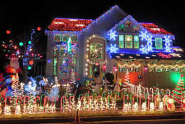 This Sterling, Virginia, home has an animated light show. (Courtesy Holly Zell)