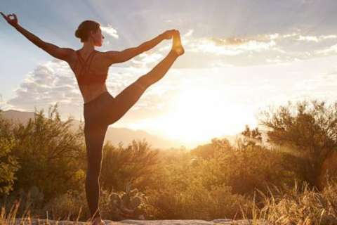 6 tips for practicing yoga outside