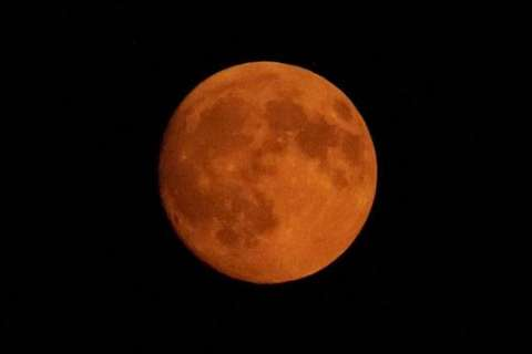 Expert tips on how to watch, photograph Wednesday's super blue blood moon