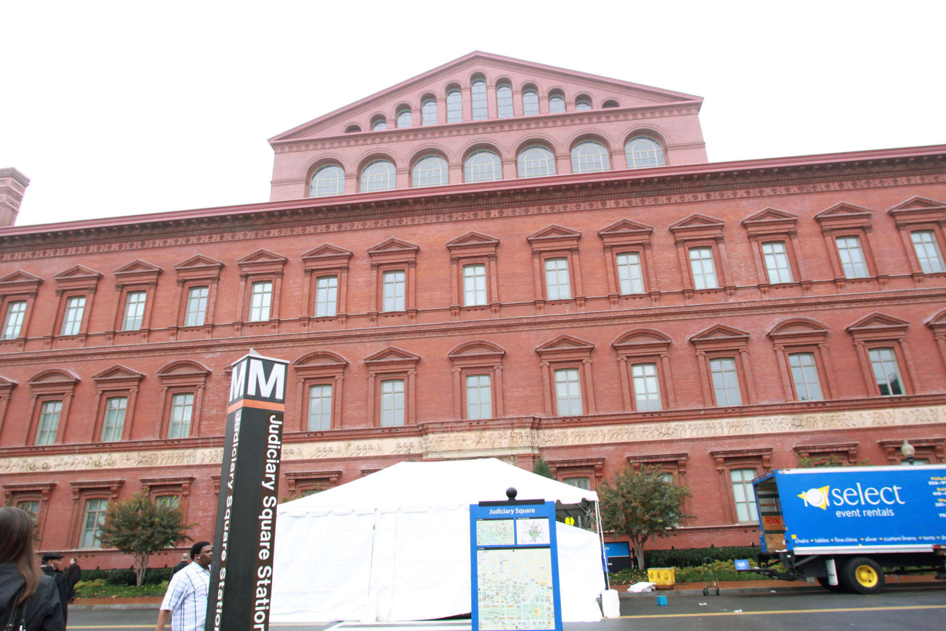 A tent set up at a door of the the National Building Museum in Washington, Friday, Nov. 14, 2008, in preparation for the Summit on Financial Markets. (AP Photo/Lauren Victoria Burke)