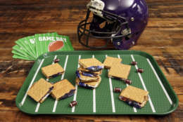 """In this Dec. 8, 2016 photo at the Institute of Culinary Education in New York, Game Day S'mores are shown, from a recipe by Elizabeth Karmel. These sweet treats are a riff on the very popular summer campfire s'mores. If you love marshmallow and chocolate, and have fun nostalgic memories of campfire s'mores, these simpler """"no-bake"""" Game Day S'mores will delight you. (AP Photo/Richard Drew)"""