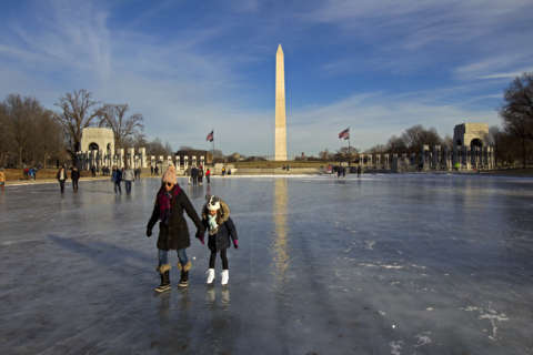 After a wintry mix, beware ice on DC-area roads