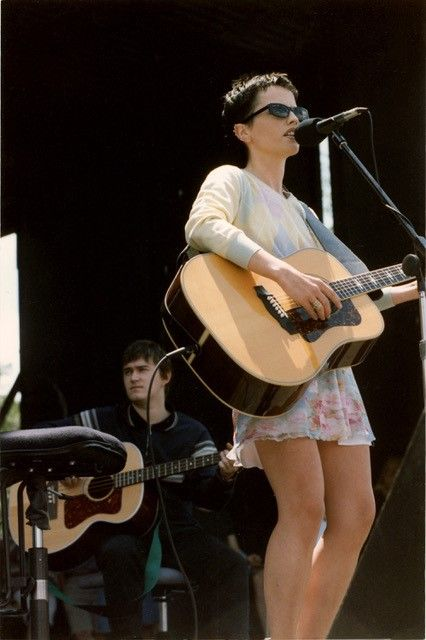 With singer Dolores O'Riordan, who died Monday, the Cranberries were hugely popular on MTV when they played a free show in D.C. on May 15, 1995. (Photo: 1995 by Brian Liu/ToolboxDC)