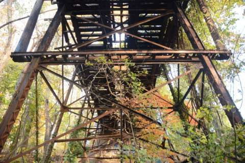 120-year-old streetcar bridge could soon collapse, Metro warns
