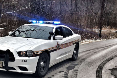 Sheriff: Driver takes off after striking Loudoun County deputy at attempted traffic stop