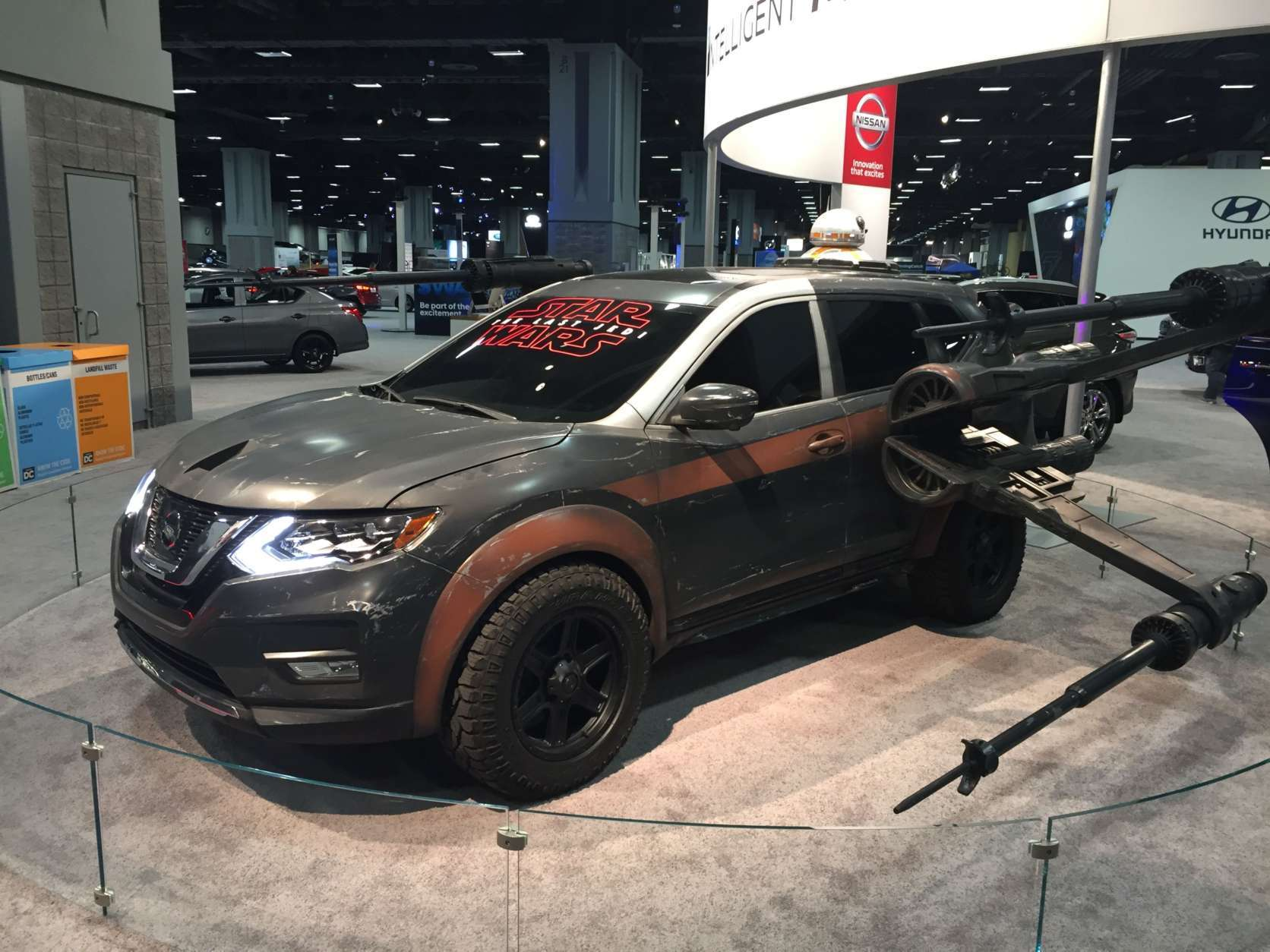 A Nissan Rogue tricked out in a 'Star Wars' motif at the 2018 Washington Auto Show. (WTOP/John Domen)