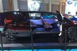 The Toyota FCR, a concept minivan that's electric and autonomous, at the 2018 Washington Auto Show. (WTOP/John Domen)