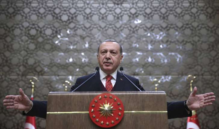 Erdogan Calls on Putin to End Northern Syria Attacks by Regime Forces