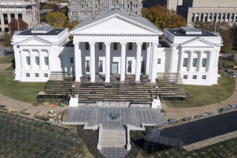 Va. barrels into special session after budget impasse