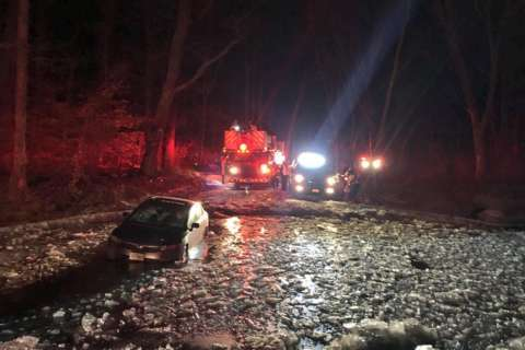 3 people rescued from car stuck in icy water in Boyds