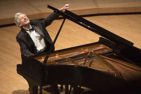 Local pianist Brian Ganz continues Chopin series at Strathmore