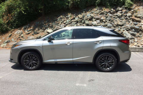 Lexus RX 350 is a crossover that stands out in luxury marketplace