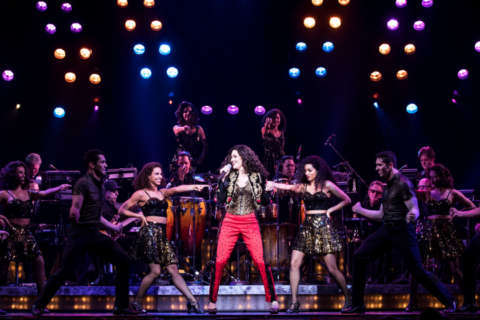 Column: My skeptical daughter wound up loving Gloria Estefan's 'On Your Feet'