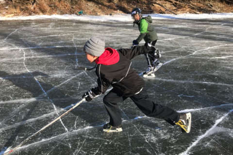 C&O Canal becomes frozen playground for residents, hockey players