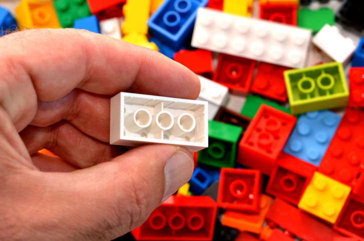 Man arrested in $1800 Lego scam