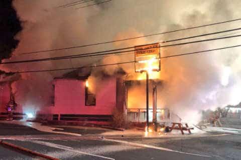Rockville's oldest bar, Hank Dietle's Tavern, destroyed by morning fire