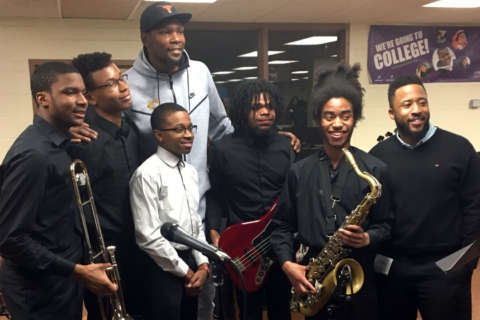 Warriors star Kevin Durant feted at Suitland HS after $10M donation