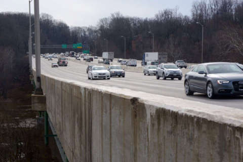 Northam transition panel pushes for new Potomac crossing