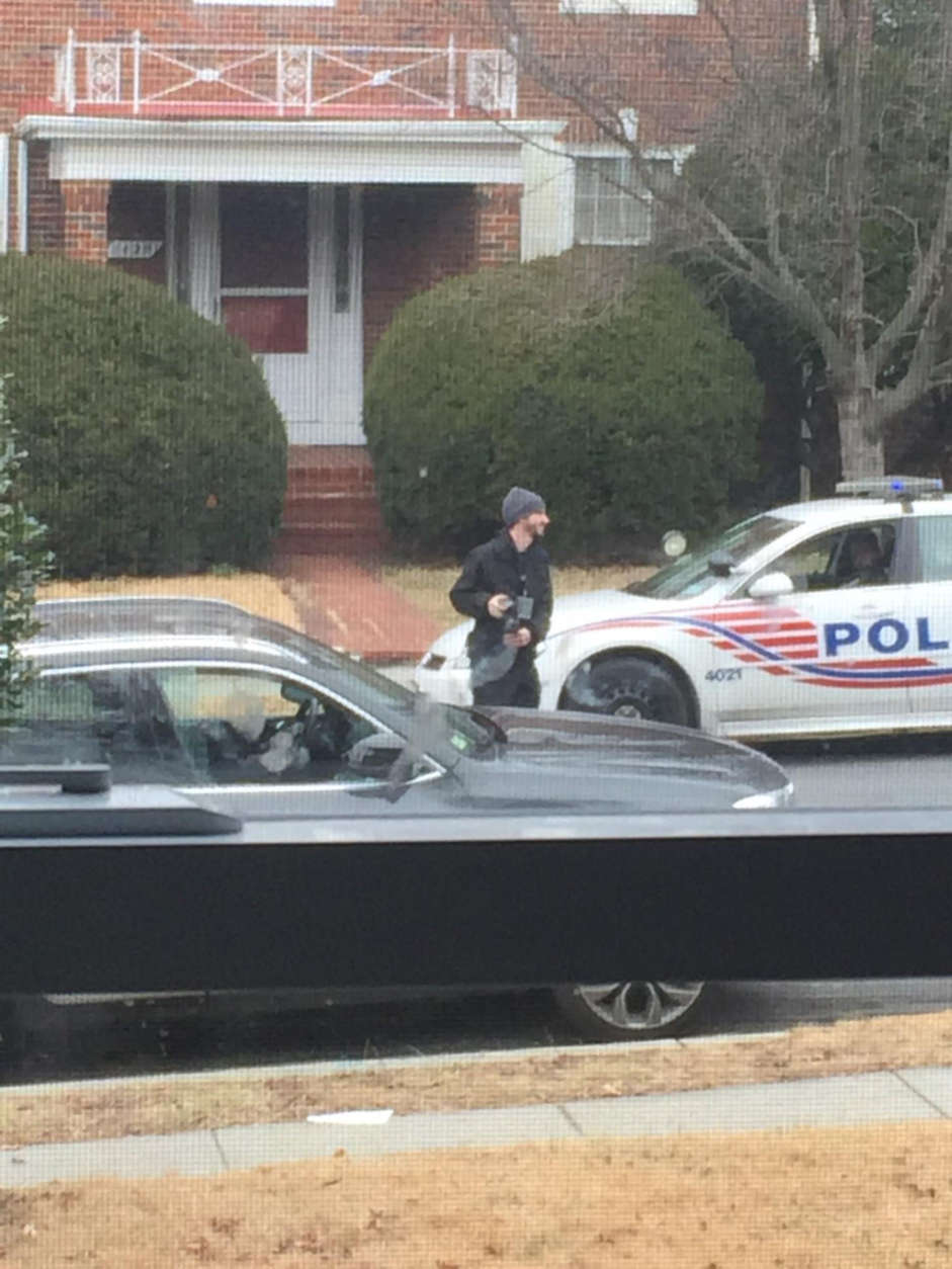 Police investigating the scene of one of the 47 break-ins in the Sheppard Park neighborhood. (Courtesy D.C. Resident)