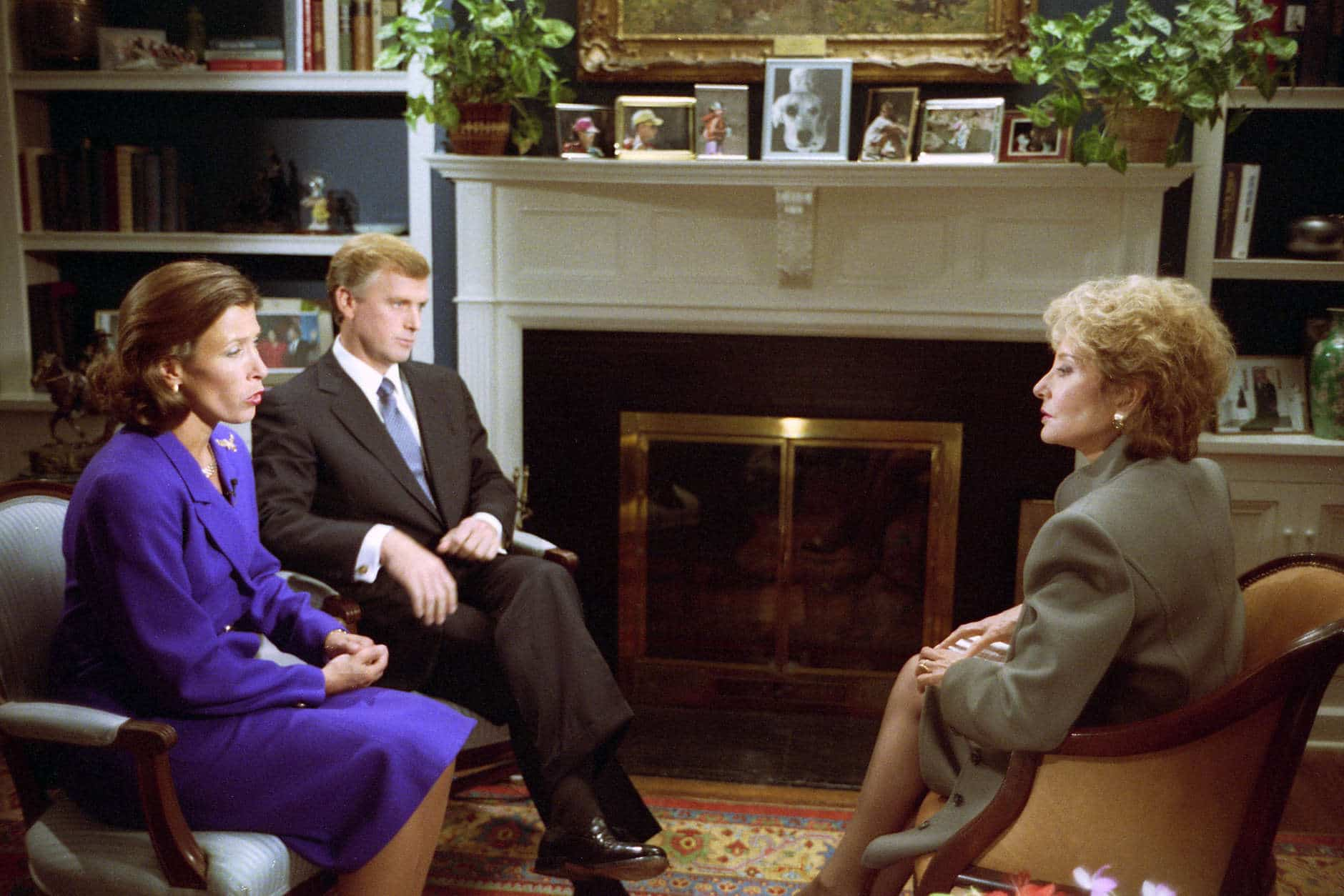 V09718-10A  Vice President and Mrs. Quayle participate in an interview with Barbara Walters at the Vice President's Mansion. 26 September 1991 Photo Credit:  George Bush Presidential Library and Museum