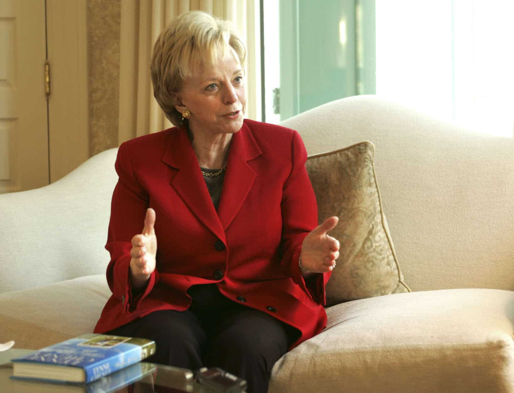 """Lynne Cheney, wife of Vice President Dick Cheney, talks about her new book """"Blue Skies, No Fences,""""  Wednesday, Oct. 17, 2007, at the vice president's residence in Washington. (AP Photo/Lawrence Jackson)"""
