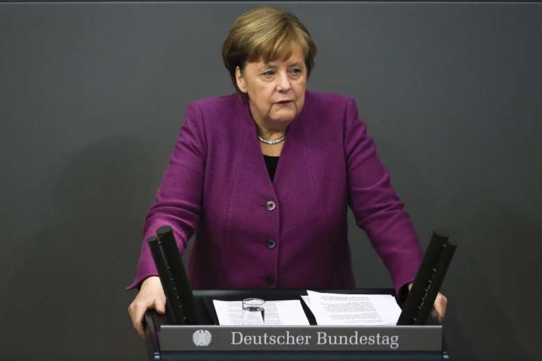 Angela Merkel calls on Iran, Russia to end Syria violence