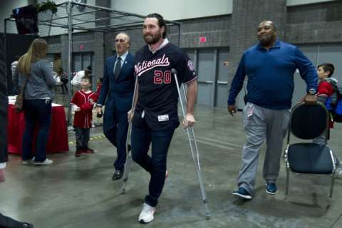 After surgery, Opening Day in question for Nats' Murphy