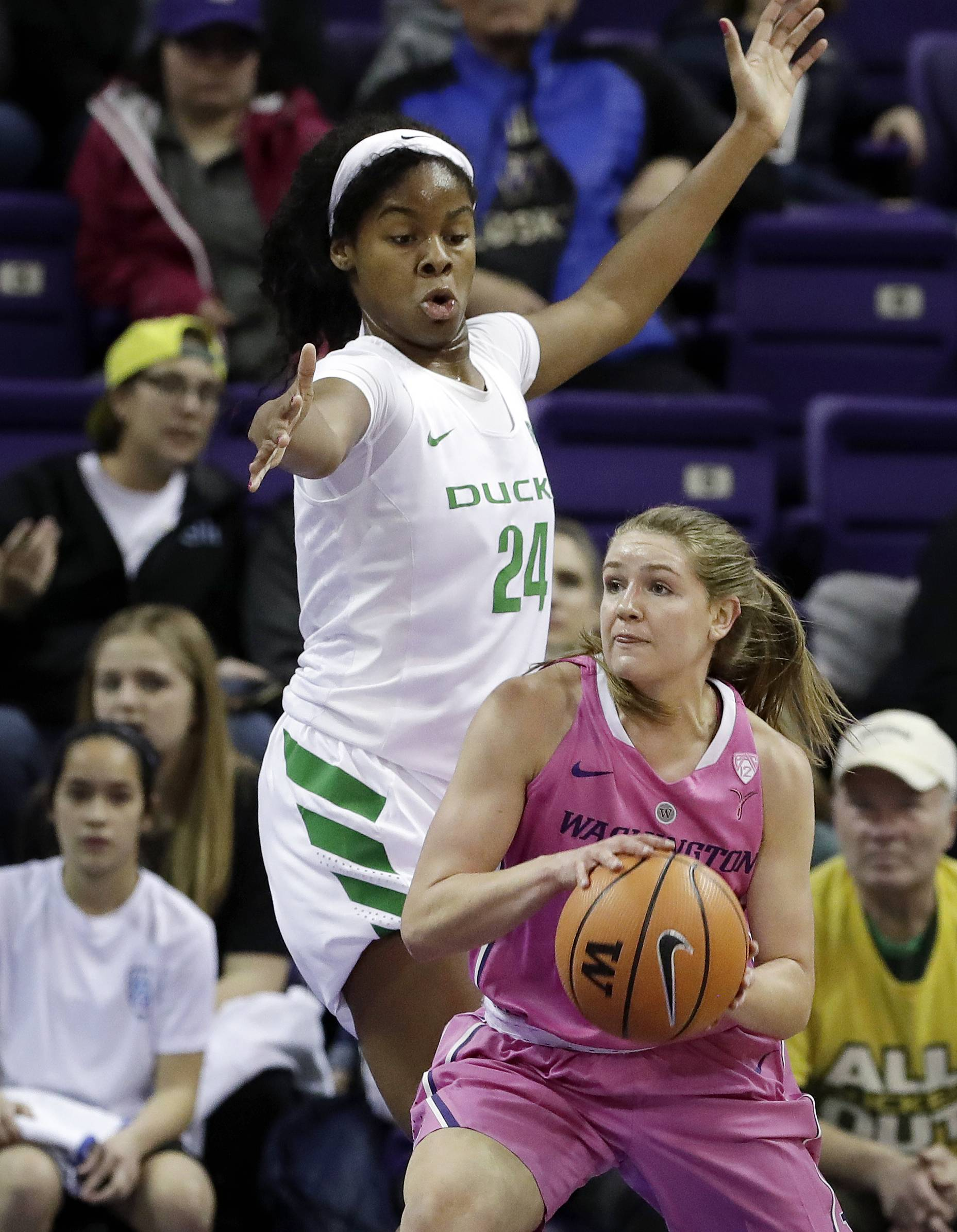 9085449f3f1 SEATTLE (AP) — Ruthy Hebard dominated on the interior while scoring 14 of  her career-high 30 points in the third quarter