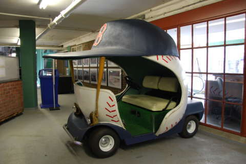 Arizona Diamondbacks bring back the bullpen car