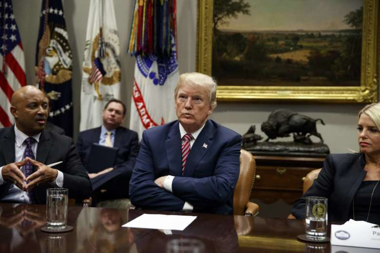 Trump berates California, threatens to pull federal immigration agents