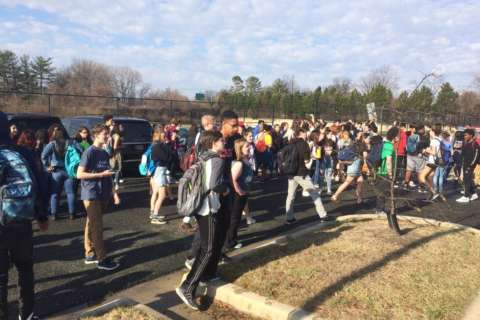 Montgomery Co. students march on US Capitol to demand tougher gun laws (Photos)