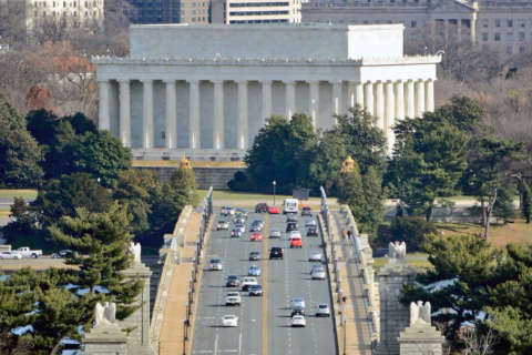 Arlington Memorial Bridge work, lane closures postponed once again