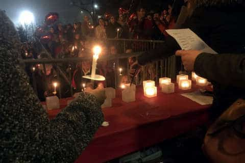 In Falls Church, a vigil for school shooting victims — and calls for change