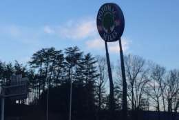 Powerful winds caused the sign for Potomac Mills to lean dangerously last year. (WTOP/John Domen)