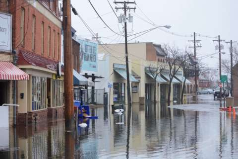 Nor'easter brings flooding to Annapolis