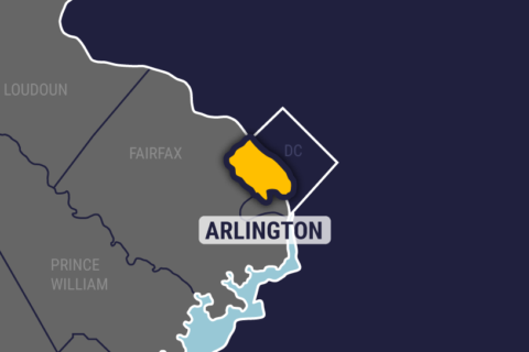 2 workers electrocuted in Arlington