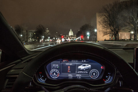 Cars in DC 'know' when traffic lights will turn green
