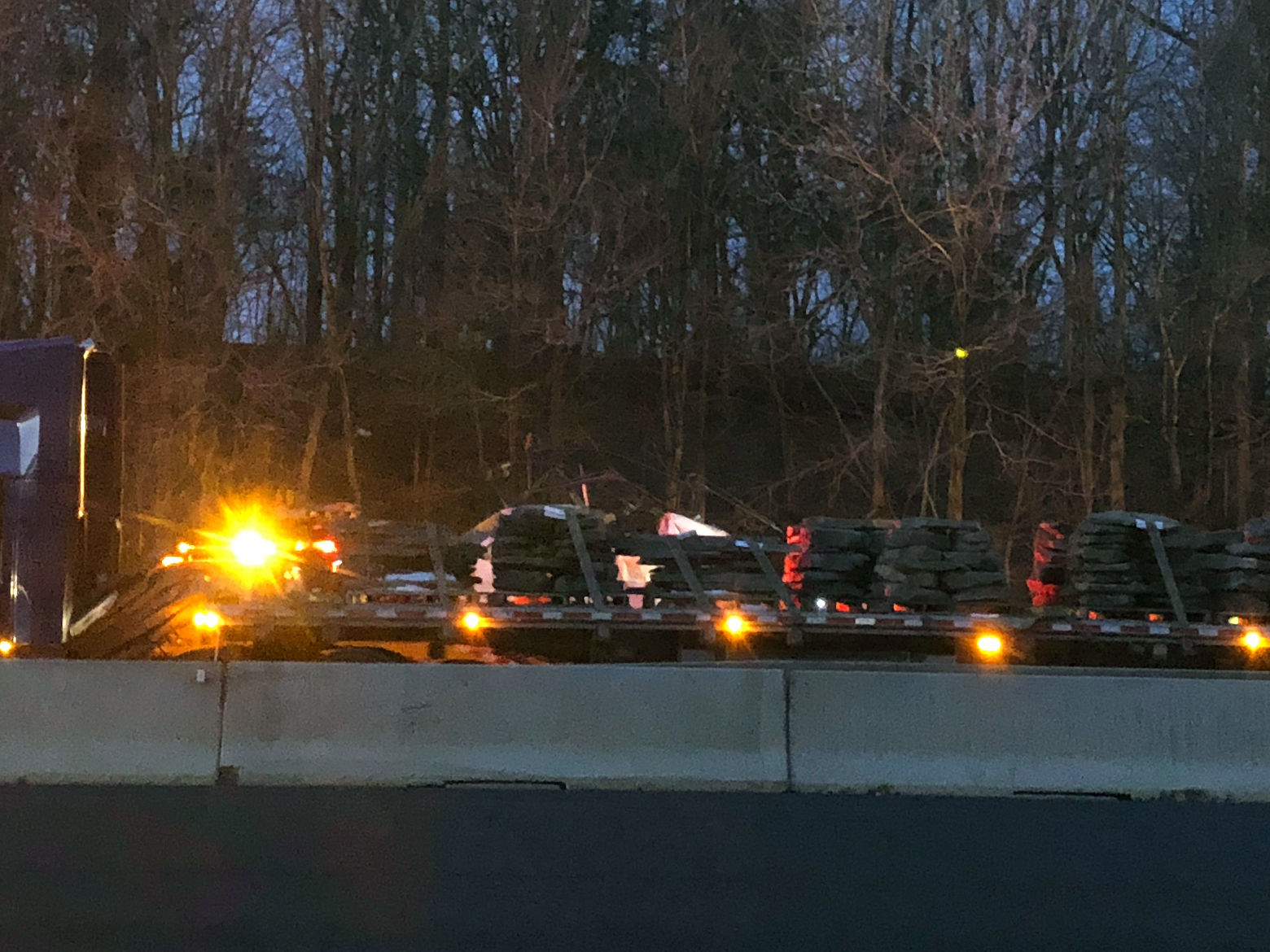 Maryland State Police looking for vehicle that caused I-270