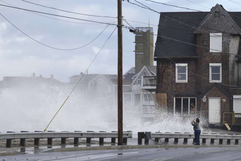 Second winter storm this month hits United States northeast