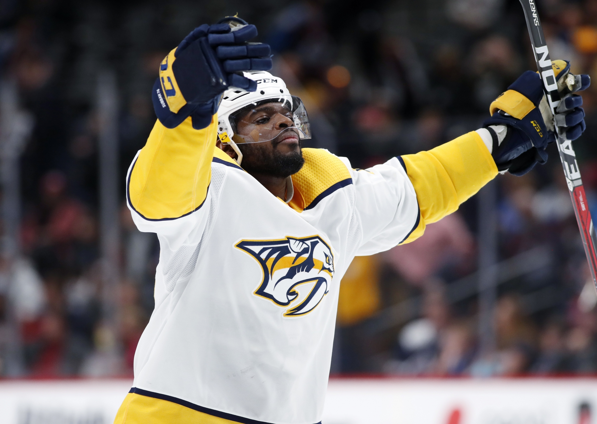 1a73cae9dbe9 DENVER (AP) — Colton Sissons and Filip Forsberg each scored twice