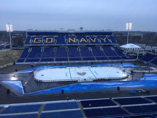c280c9c45 The Washington Capitals return to outdoor hockey Saturday night at Navy-Marine  Corps Memorial Stadium. (WTOP/Noah Frank)