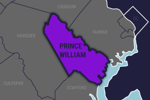 1 dead in southbound I-95 motorcycle crash in Prince William Co.