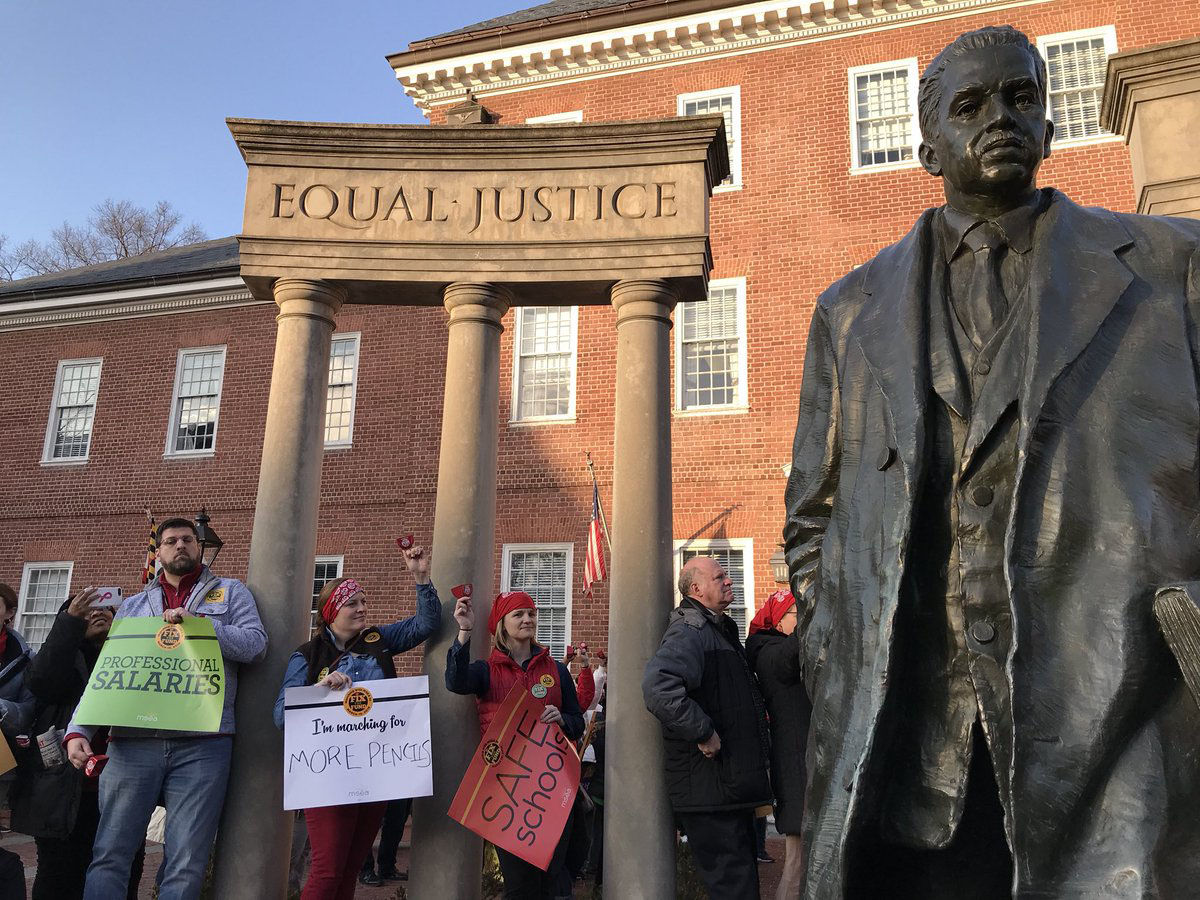 Hundreds of teachers from across Maryland gathered outside of the State House in Annapolis on March 19, 2018 to protest a lack of school funding. (WTOP/Michelle Basch)