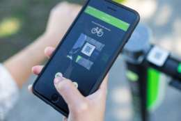 LimeBike said its 250-watt motor scooters have a 37-mile maximum range. They cost $1 to unlock and 10-cents per minute to ride. (Photo credit: LimeBike)