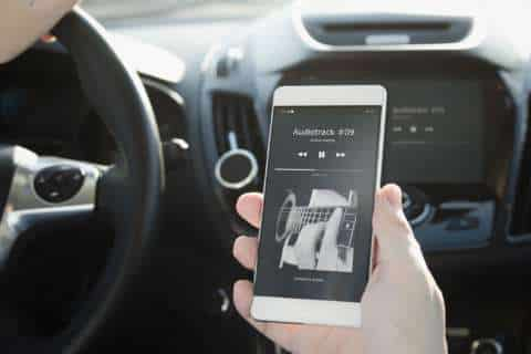 Eyes on the road: Distraction tops list of drivers' concerns, survey finds