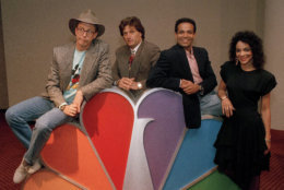 "Harry Anderson, left, was among the stars posing for photographers after a press conference in New York announcing NBC-TV's prime time line-up for Fall 1988, shown May 19, 1988. Anderson will host ""The Magical World of Disney."" Also pictured are, from left:Joe Cortese of ""Something Out There""; Mario Van Peebles of ""Sonny Spoon"" and Jasmine Guy of ""A Different World."" (AP Photo/Richard Drew)"
