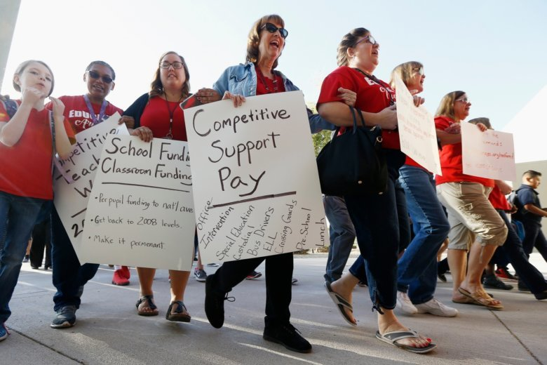 Possibility Of First Ever Strike Divides Arizona Teachers Wtop