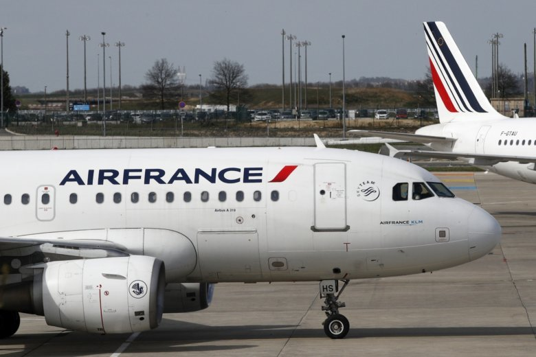 Air france strike sees 30 percent of flights cancelled wtop tarmac at paris charles de gaulle airport in roissy near paris saturday april 7 2018 some 30 percent of air france flights were cancelled saturday sciox Image collections