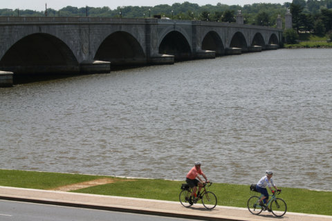 New DC-Va. bridge plan would add more trains, bike paths over Potomac