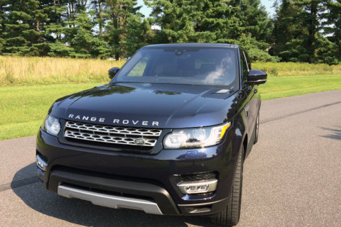 Range Rover Sport HSE Td6: Diesel fuel mileage with plenty of kick